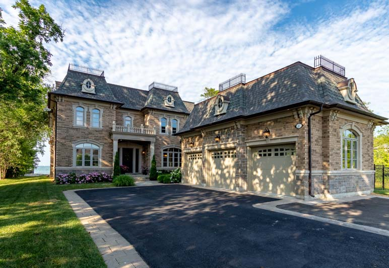 33 Lochside Drive, Stoney Creek Home for Sale Luxury Living