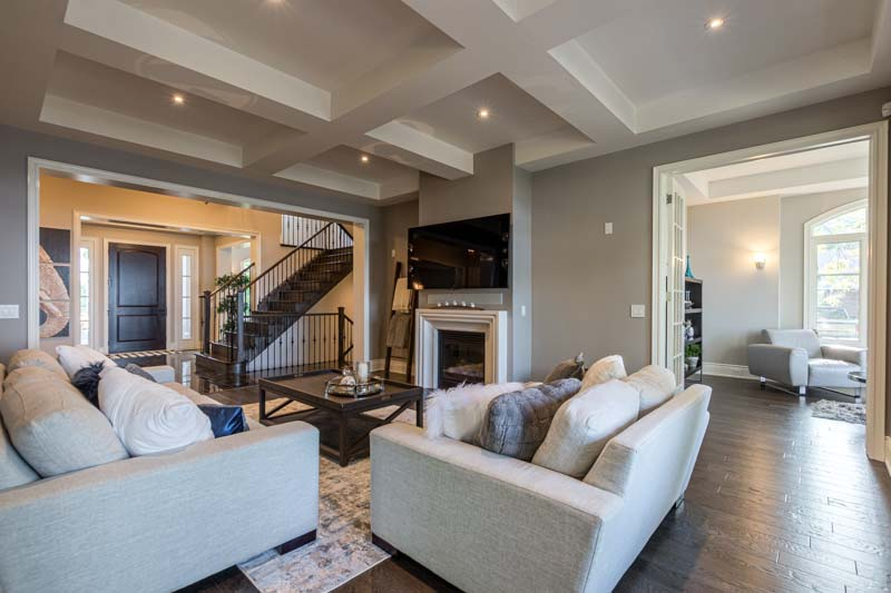 33 Lochside Drive, Stoney Creek Home for Sale Luxury Living Room