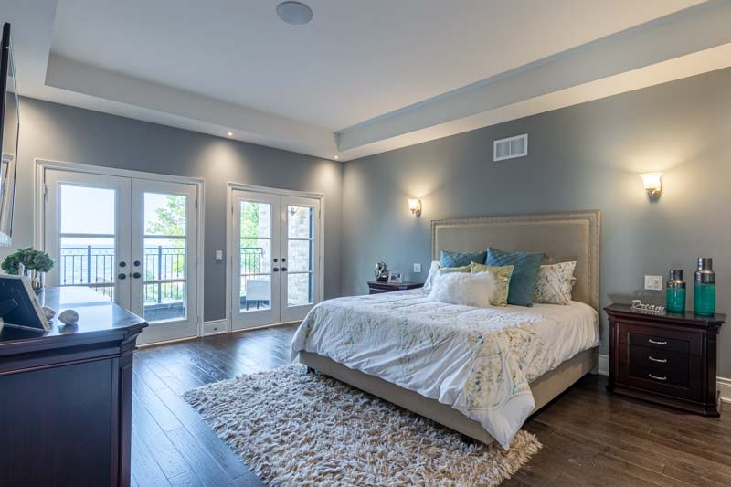 33 Lochside Drive, Stoney Creek Home for Sale Luxury Bedroom
