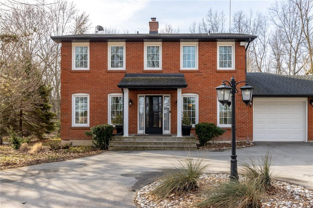 847 Forks Road West, Welland
